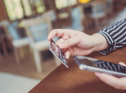 karta płatnicza karta debetowa