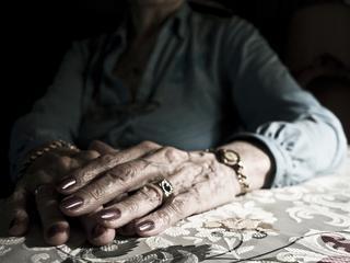 Polowanie na seniora. Rusza walka o pieniądze najstarszych Polaków