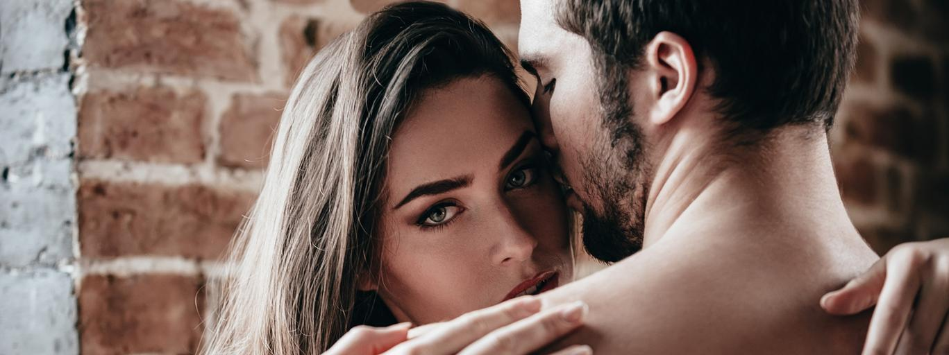 Kobieta mężczyzna związek seks miłość para małżeństwo