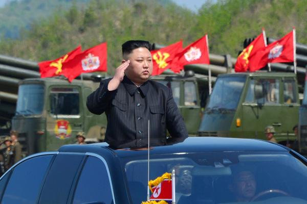 North Koreas leader Kim Jong Un watches a military drill marking the 85th anniversary of the establi