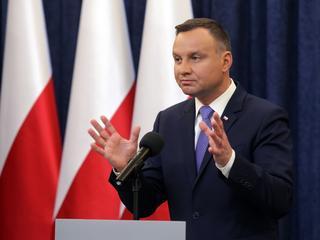 """""""Smutny dzień""""? Jak Polacy oceniają weta prezydenta Dudy"""