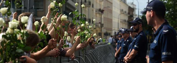 Policja KOD Sejm demonstracja protest służby mundurowe