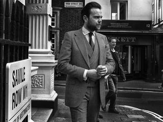Jak dobrze dobrać garnitur dla mężczyzny