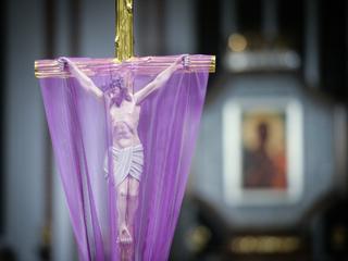 Polacy różnią się od innych katolików jedną cechą