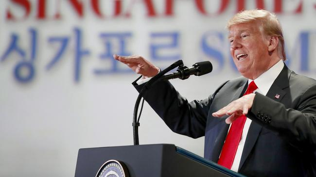 Prezydent Donald Trump podczas konferencji po szczycie w Singaurze