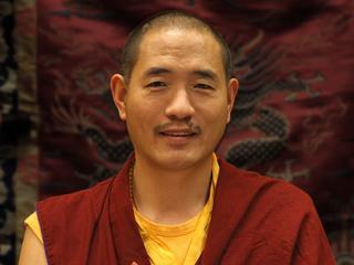 Usiądź i nie myśl za dużo. Buddyjski mistrz tłumaczy, jak medytować