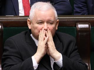 Kaczyński stał się zakładnikiem własnej partii