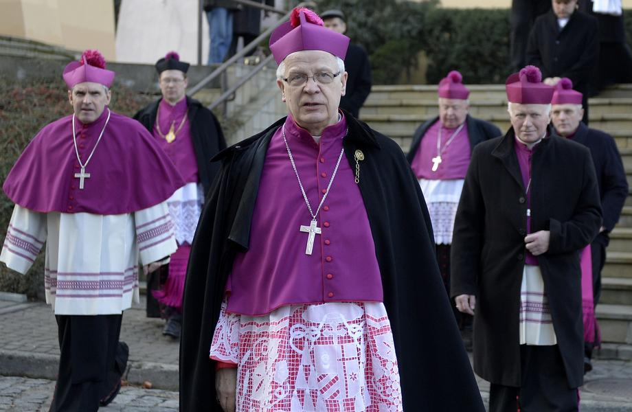 józef michalik arcybiskup kościół