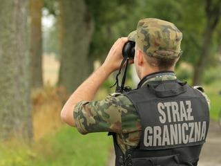 """Niedaleko Opola zatrzymano uchodźców z Syrii. Straż Graniczna: """"Mogą zostać w Polsce"""""""