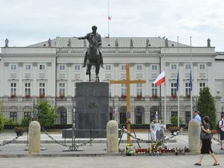 Prawie milion zł na pomniki Lecha Kaczyńskiego i katastrofy smoleńskiej