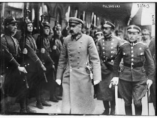 """""""Miał większy mózg niż inni politycy"""". Legenda marszałka Józefa Piłsudskiego"""