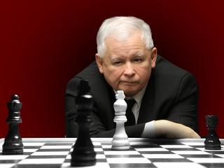 PiS gra na rozbicie innych partii. 11 lat temu przetrącił sobie na tym kręgosłup