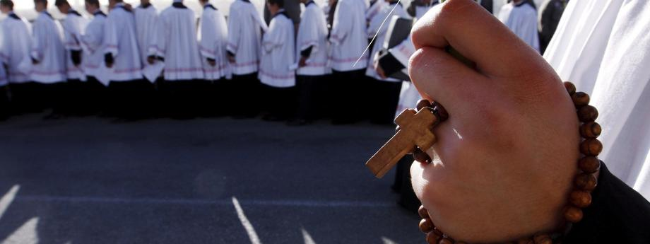 Molestowanie seksualne pedofilia Kościół duchowni