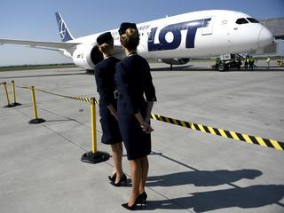 Piloci LOT informują o złym stanie samolotów