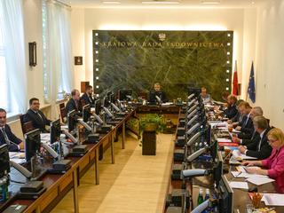 Europejska Sieć Rad Sądownictwa zawiesiła KRS. Teraz KRS chce... wystąpić z ENCJ
