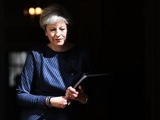 Brytyjska premier ogłasza przedterminowe wybory