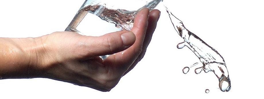 woda szklanka wody