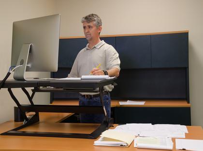 Stojące biurko