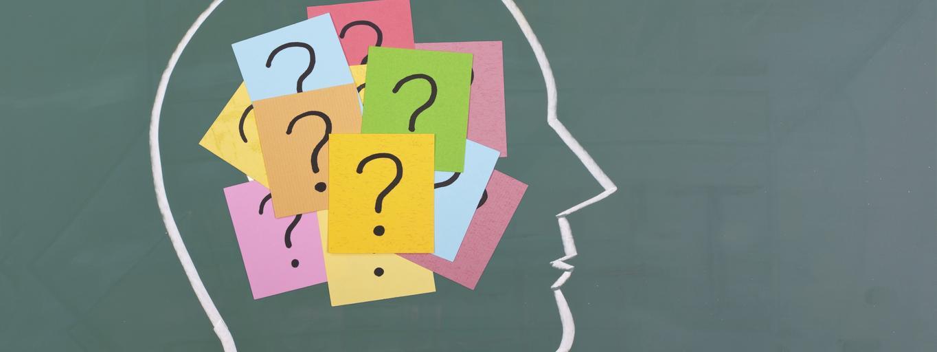 mózg decyzje myślenie głowa znak zapytania podejmowanie decyzji zagadka niewiadoma