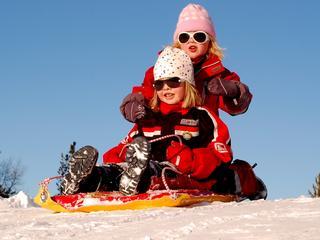 Zimowe wyprzedaże ubrań dla dzieci