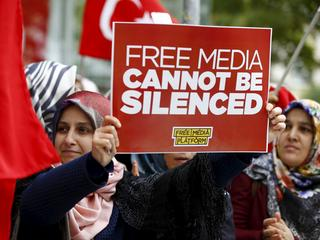 Media upokorzone