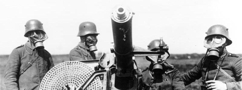 niemieccy żołnierze w maskach