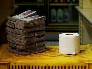 Ile może być warta rolka papieru toaletowego?