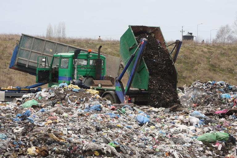 śmieci plastik