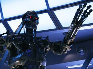 """Ruszają prace nad """"robotami-zabójcami"""". Specjaliści od sztucznej inteligencji przerażeni"""