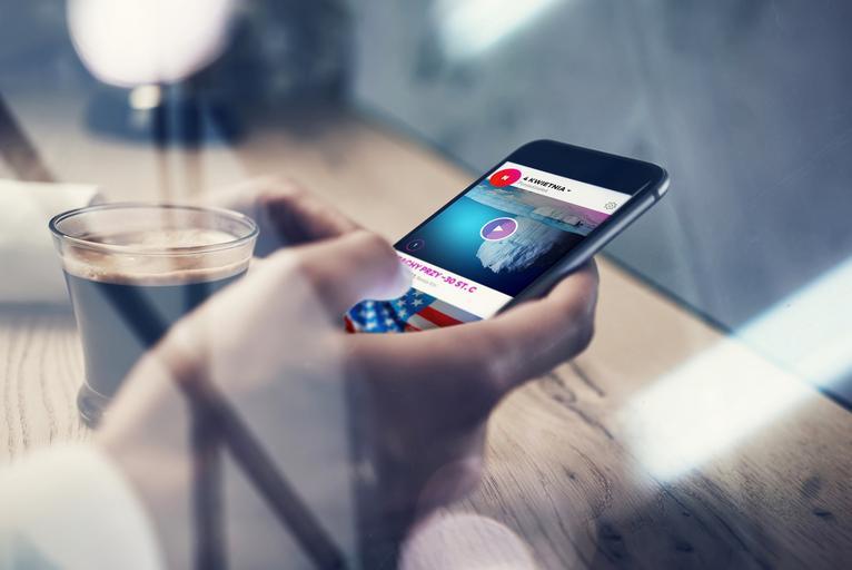 Newsweek wPunkt aplikacje mobilne internet telefon komórkowy smartfon