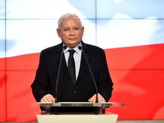 Kaczyński: Ministrowie muszą oddać nagrody!