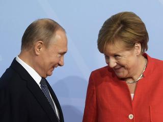 Merkel odwiedza Putina. Ale to nie ona będzie petentem
