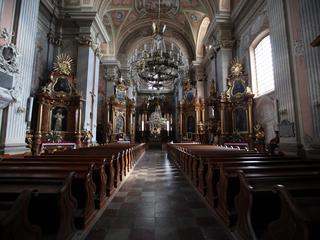 Polskie kościoły pustoszeją. Tak mało wiernych nie było od 25 lat