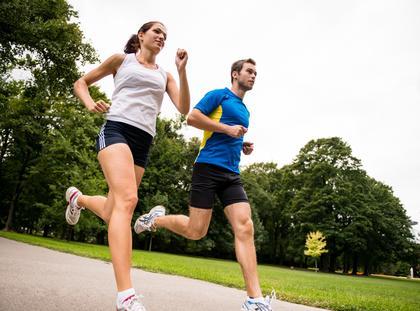 Kobieta mężczyzna zdrowie bieganie maraton