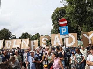 Jak mieć 100 procent racji i przegrać, czyli o demonstracjach pod Sejmem