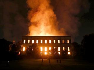 Pożar Muzeum Narodowego w Brazylii. Płonie 20 milionów eksponatów