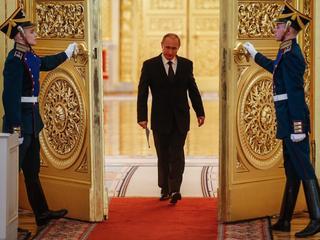 Car Władimir rządzi od 18 lat. Jak samodzierżawie Putina wygląda na co dzień?