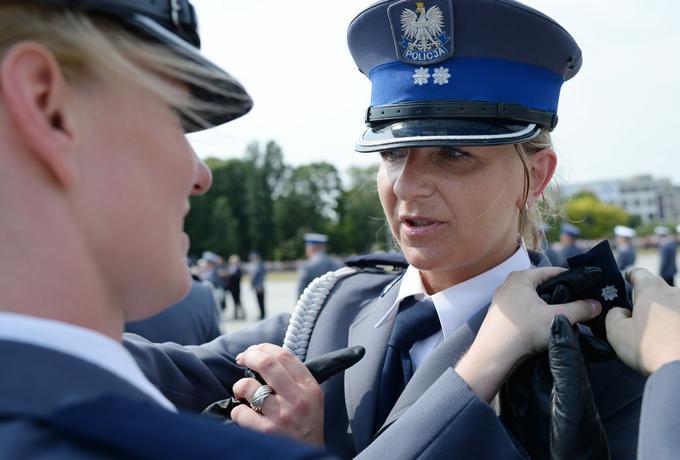 """""""Co za dupa przyjechała. Wziąłbym Cię od tyłu"""", czyli co muszą znosić kobiety w polskiej policji"""