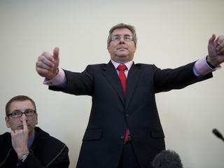 Było trudno, ale... w 2 minuty podsumowaliśmy wpadki Ryszarda Czarneckiego