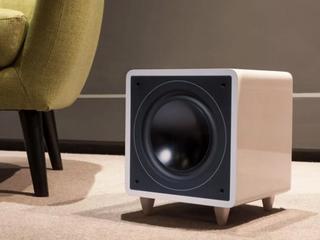 To urządzenie zapewni ci świetną jakość dźwięku w mieszkaniu