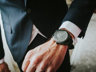 Sportowe zegarki. Funkcjonalność i elegancja