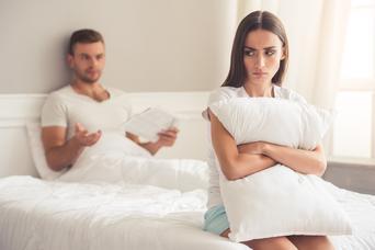 Młodzi rezygnują z seksu z powodu religii