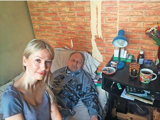 Starszy pan z Mokotowa wraz z małżonką zrobił w balona patriotów, filantropów i Magdalenę Ogórek