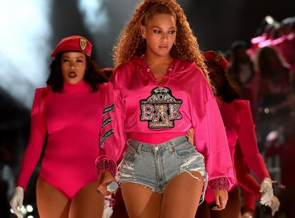 Beyonce Performs at Coachella