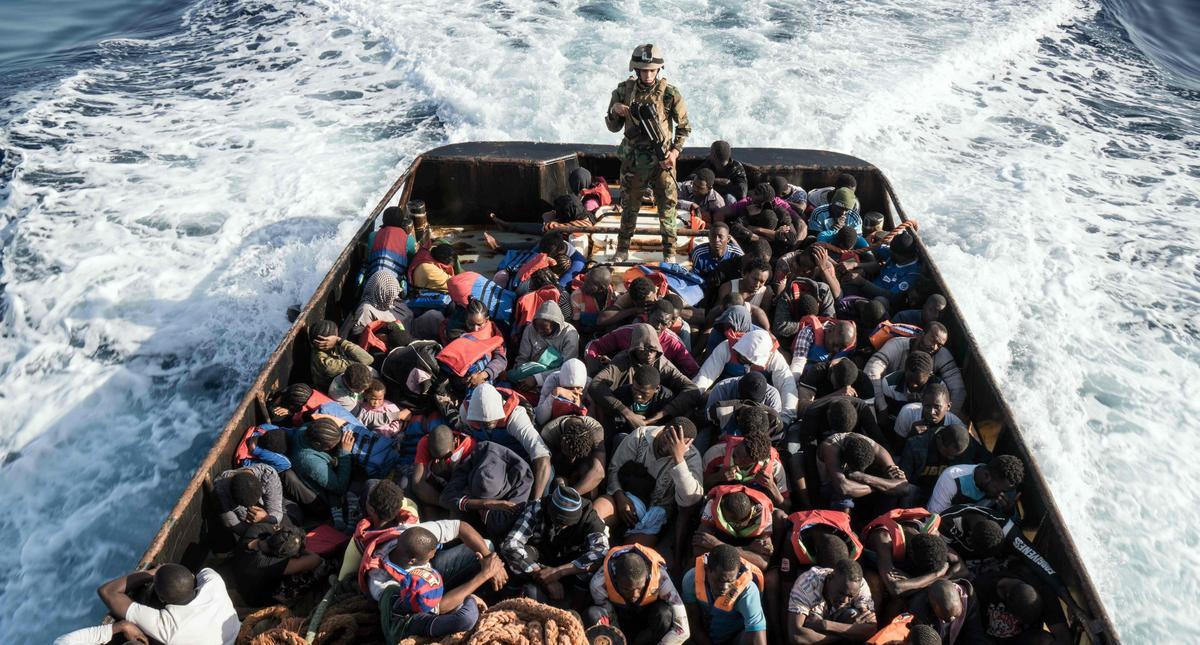 Libijska straż przybrzeżna zatrzymała 147 nielegalnych imigrantów próbujących przedostać się do Europy.