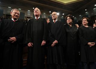 Sąd w rękach władzy