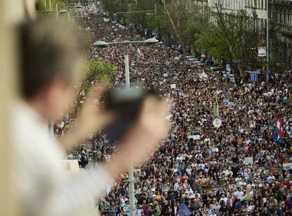 Węgry demonstracja Viktor Orban