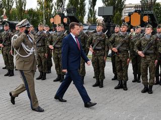 """Polska armia w rozsypce. """"Przepis na masakrę"""""""