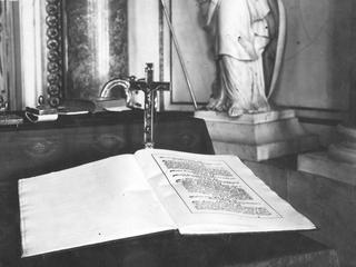 Konstytucyjne grzechy II RP