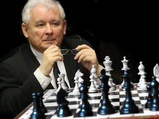 Jak będzie wyglądał rząd Kaczyńskiego? Macierewicz ma powody do niepokoju